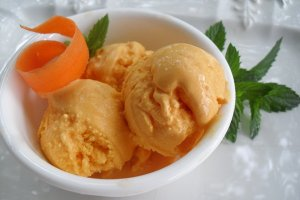 carrotcakeicecream.jpg